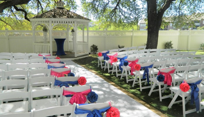 Platinum garden decor jupiter gardens event center for Garden room jupiters